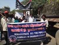 Mumbai, Demostration to support alternative to evictions in Dharavi, MARCH 2011